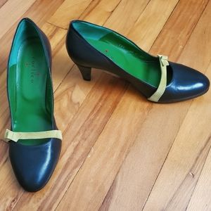 COCLICO Leather Pumps w/ Suede Bow, Espresso/Lime